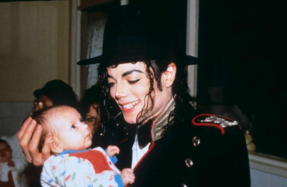 Ky është vendi ku prehet hiri i i mbretit të pop-it, Michael Jackson