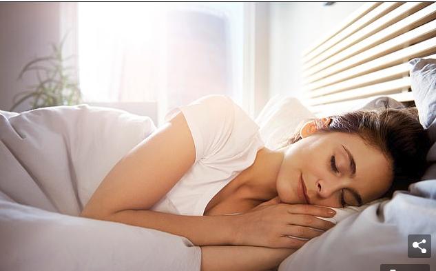 Gjumi, ilaçi sekret i humbjes në peshë