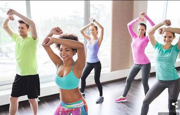 Vallëzimi që ju ndihmon të kaloni dhimbjet e ciklit menstrual