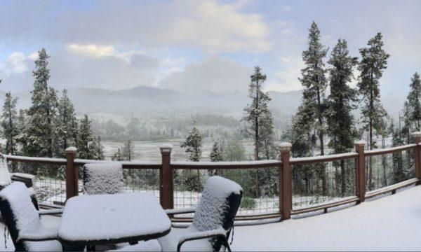 Në pikë të verës, ky shtet mbulohet nga bora