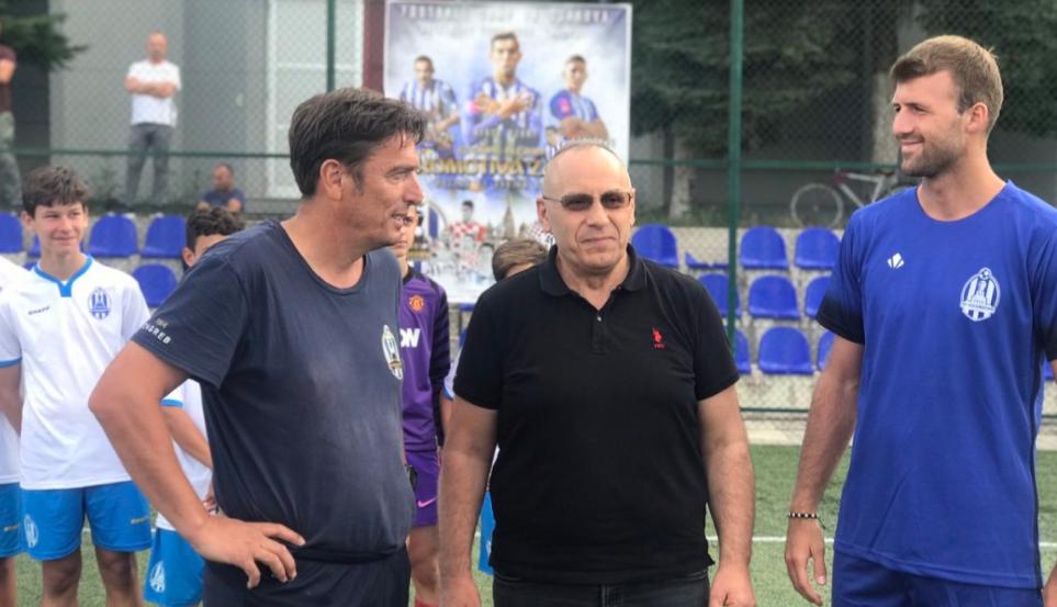 Presidenti Ademi vizitoi kampin e Lokomotivës në Gjakovë