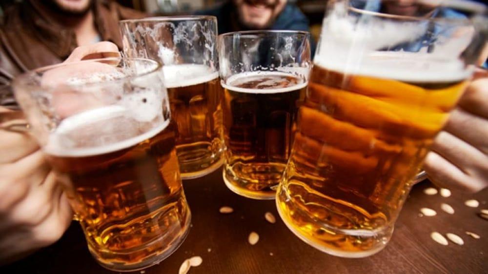 Do të habiteni, por këto janë 4 përfitimet magjike të birrës në shëndetin tonë