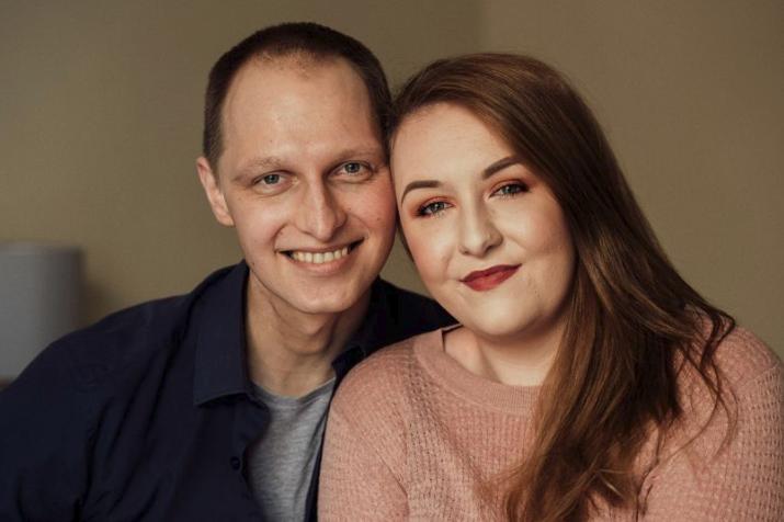 E humb betejën me kancerin, varroset ditën që e kishte caktuar dasmën