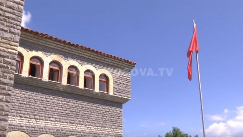 Kulla e Ilaz Kodrës, 10 muaj pa rrymë