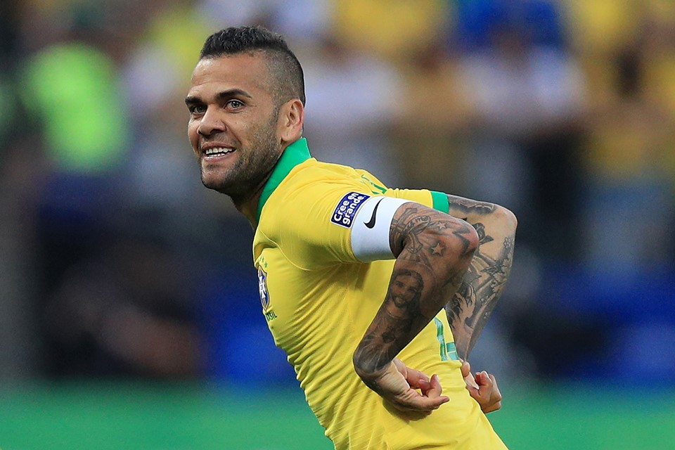 ZYRTARE: Dani Alves bëhet me skuadër të re