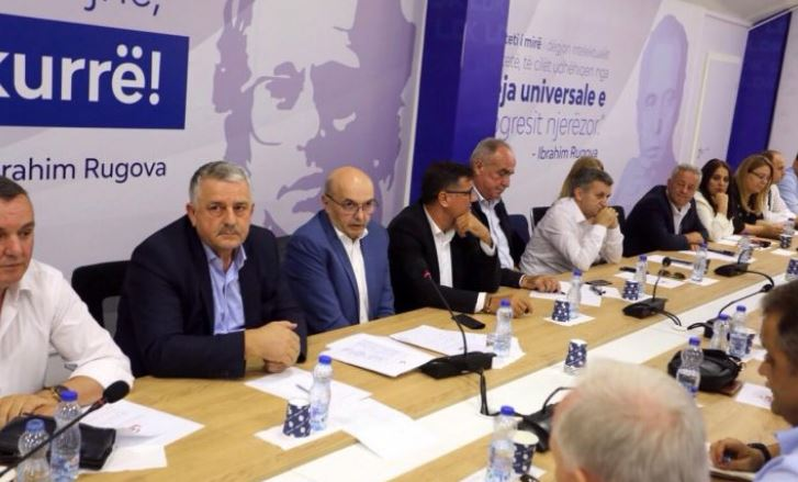 Mustafa: Jemi partia më e madhe sipas sondazheve