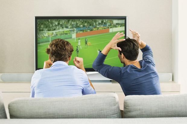 Shkenca: Përcjellja e ndeshjeve të futbollit mund të përmirësojë zemrën tuaj