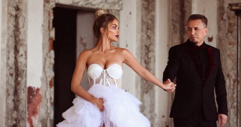 Dasma po afron, Afrona jep përgjigjen e prerë nëse do të jetë Teuta e pranishme