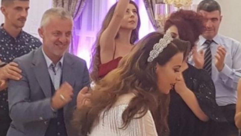 Dalin pamjet: Halil Kastrati duke vallëzuar në dasmën e djalit