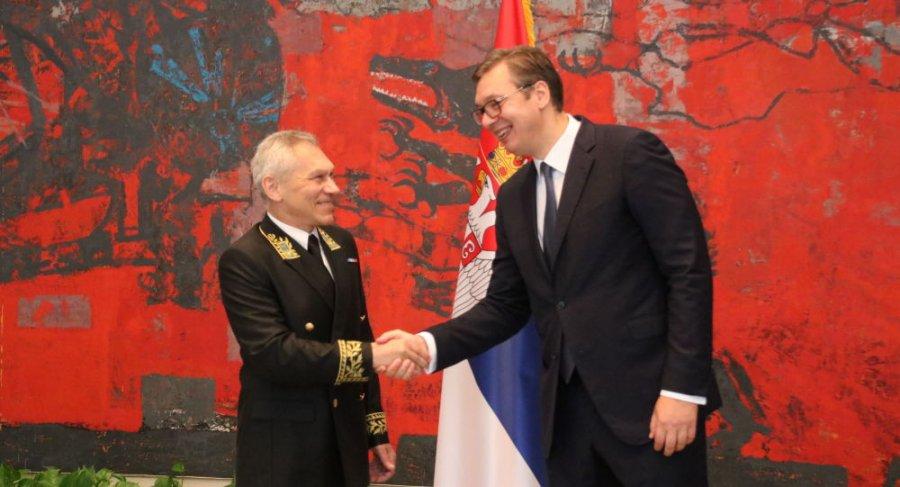 """Ambasadori rus në Beograd kërkon """"zgjidhje kompromisi dhe kreative"""" mes Kosovës e Serbisë"""