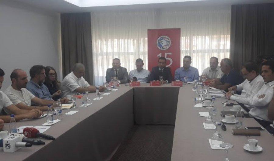 Prodhuesit kosovarë thonë se po ballafaqohen me mungesë të punëtorëve