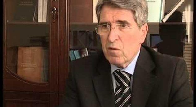 Katër vjet nga vdekja e akademik Esat Stavilevci