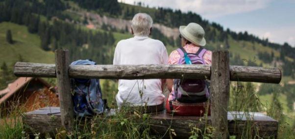 Vendet ku gratë dhe burrat jetojnë më gjatë