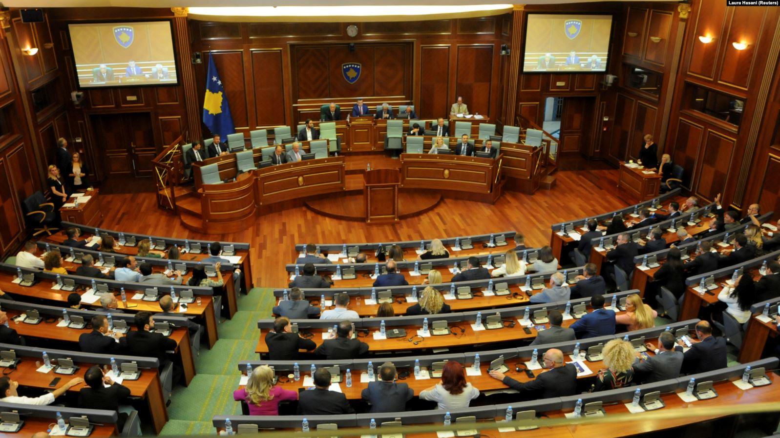 42 deputetë për herë të parë pjesë e Kuvendit të Kosovës