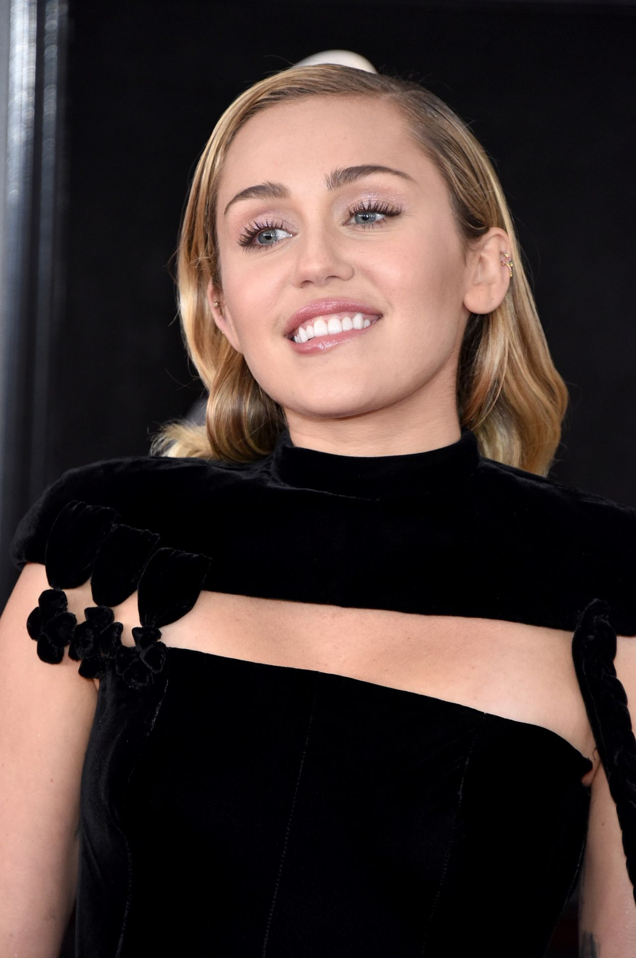 Miley Cyrus arrin në Kosovë