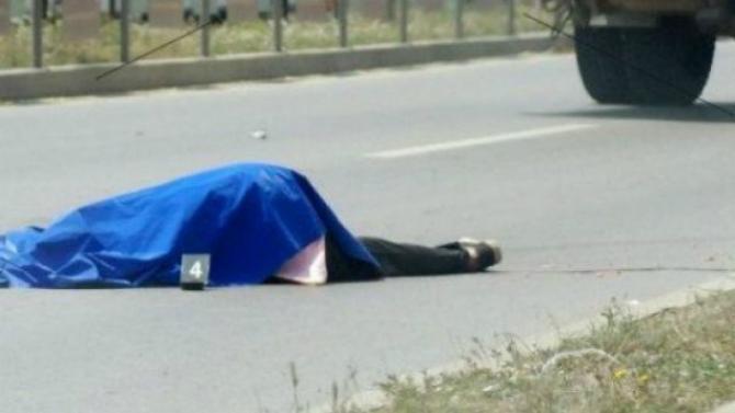 Një femër u gjet pa shenja jetë në Pejë, arrestohet një person që nuk i ofroi ndihmë