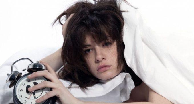 Gjumi i dobët i rritë nivelet e stresit për 30 për qind