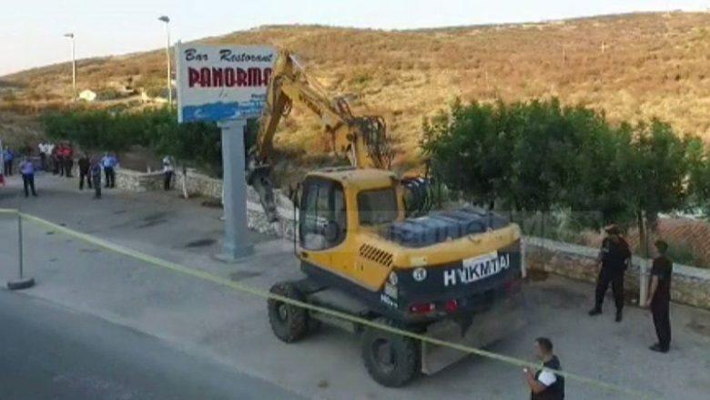 Sulmoi turistët spanjollë, autoritetet i prishin restorantin Mihal Kokëdhimës