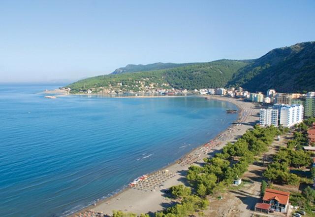 Inspektohen bizneset në Plazhin e Shëngjinit, shumica me pronarë nga Kosova