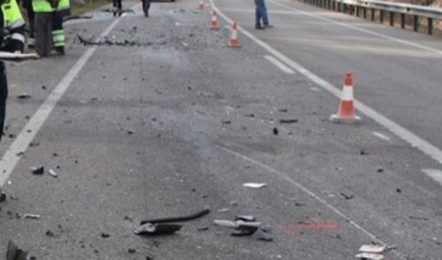 """Aksident zinxhir afër Kazermës """"Adem Jashari"""", ka edhe të lënduar"""