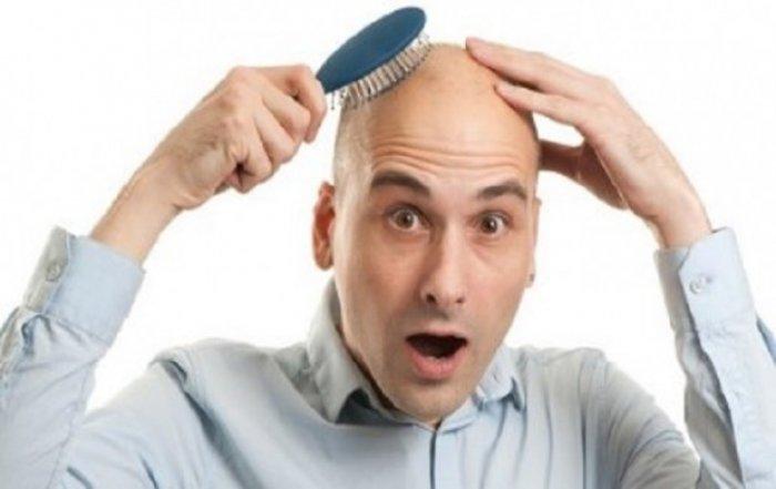 Zbulimi i papritur, burrat pa flokë preken më lehtë nga koronavirusi