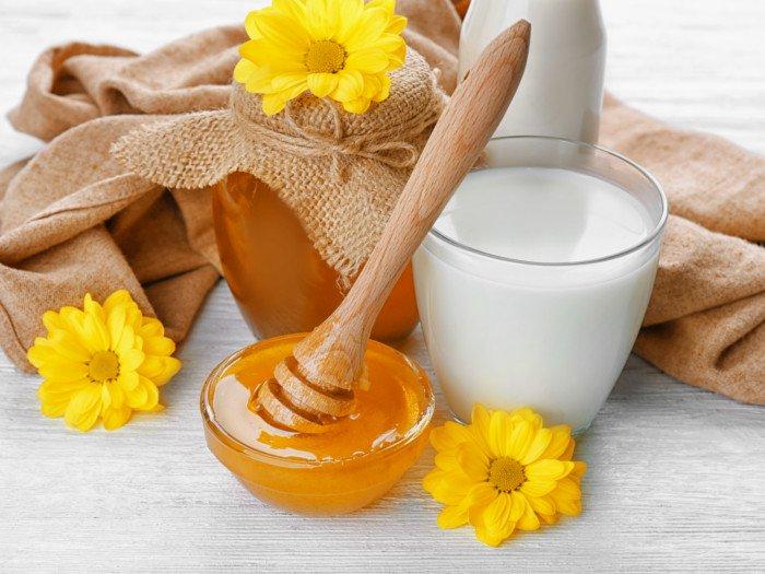 Qumësht me mjaltë çdo mëngjes dhe do të ndodh mrekullia me trupin tuaj