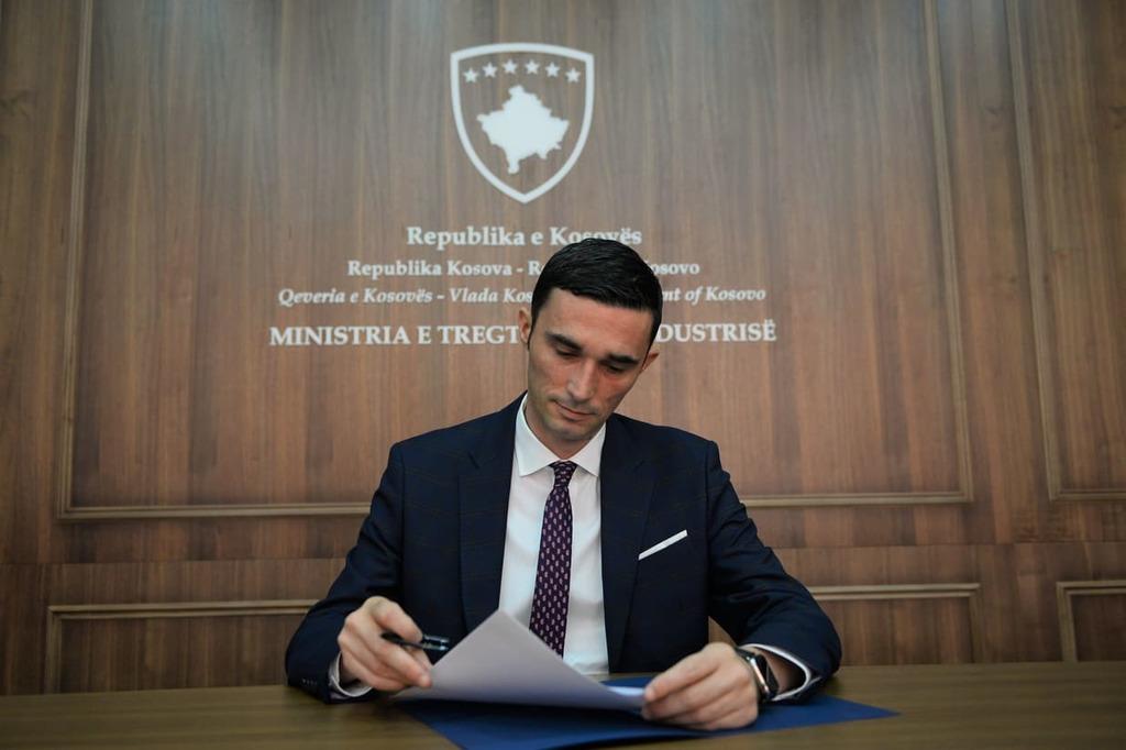 Ministri Shala heq ndalesën për produktet e Maqedonisë së Veriut, pasi kjo e fundit zhbllokoi peshkun e Kosovës