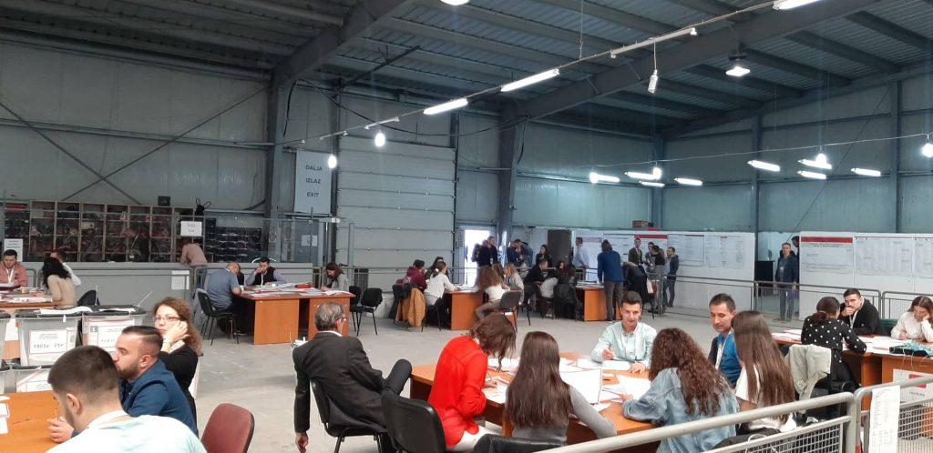 Deri të shtunën në mesnatë janë rinumëruar 141 nga 314 vendvotime