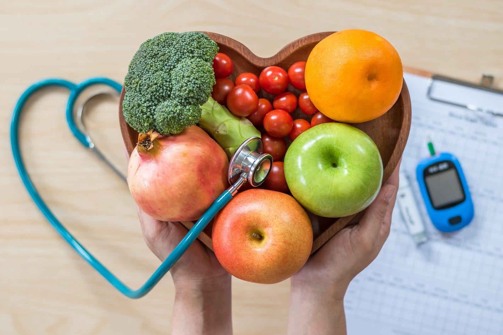 Katër frutat që e luftojnë kolesterolin e keq