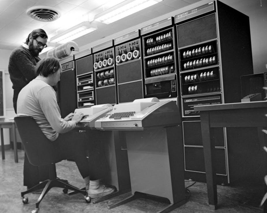 Interneti nesër mbush plot 50 vjeç