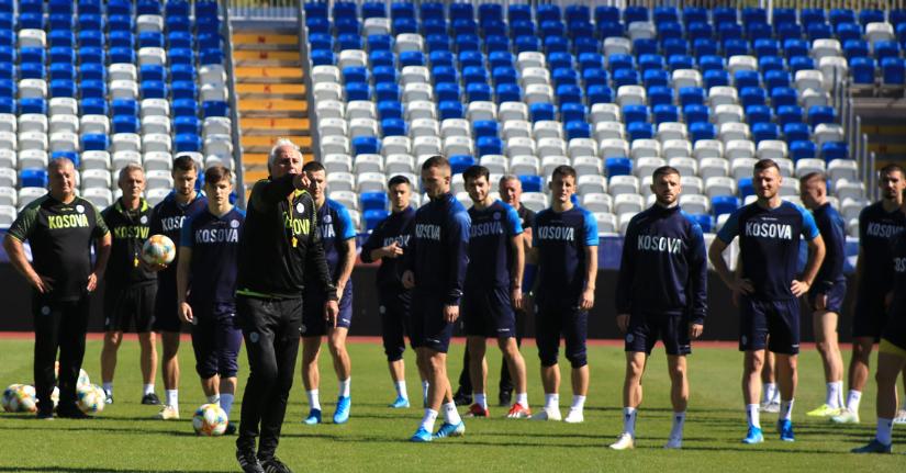 Kosova sonte zhvillon stërvitjen e fundit para ndeshjes me Malin e Zi
