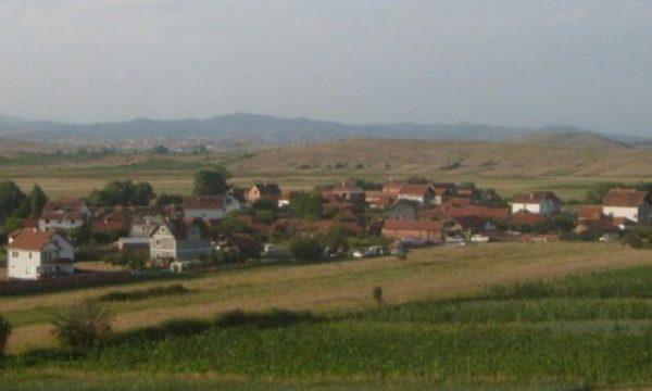 Në fshatin kosovar ku me vjet nuk martohet askush