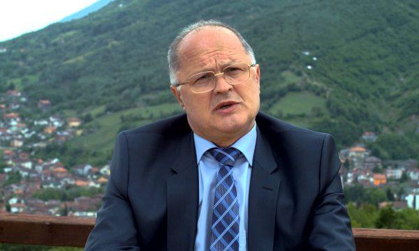 Ramiz Kelmendi i shpallë luftë Albin Kurtit: Pushka top t'u bëftë