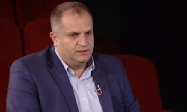 Ahmeti: Përveç shëndetësisë dhe ekonomisë, në këtë fazë, tjerat janë pallavra!