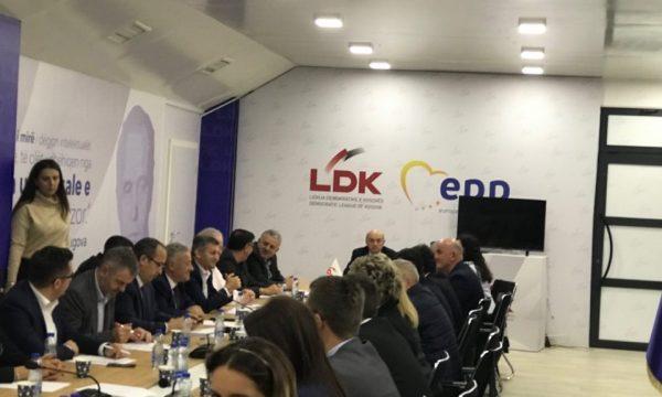 Fillon mbledhja e kryesisë së LDK-së