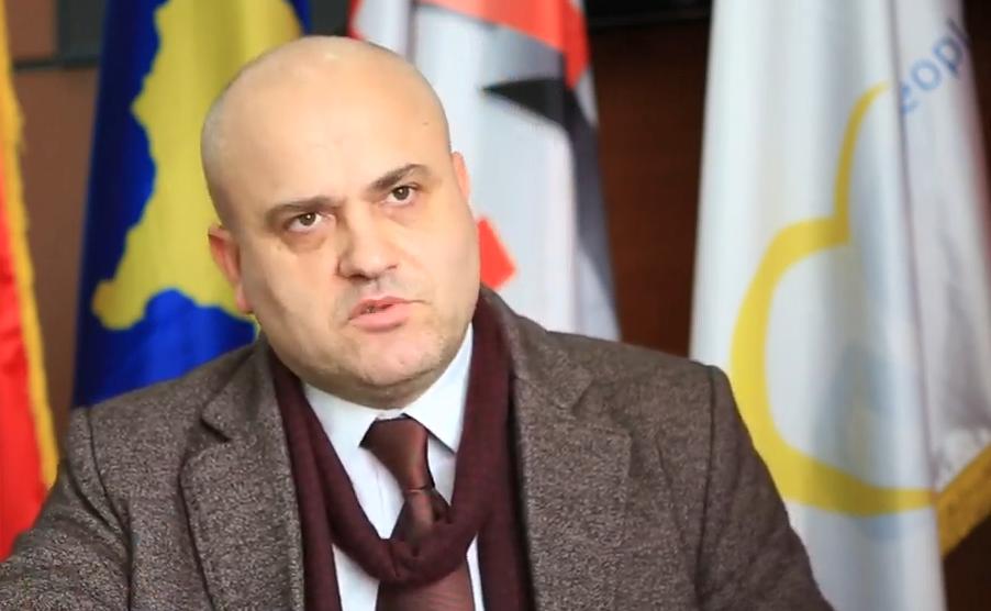 Tash Isa Mustafa drejton shtizat edhe kundër Haxhi Avdylit, tregon se kur e 'tradhëtoi' LDK-në
