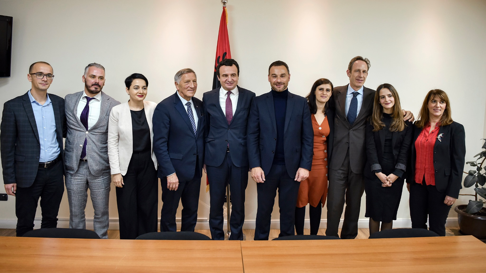 Kurti në takim me delegacionin francez, premton luftimin e korrupsionit