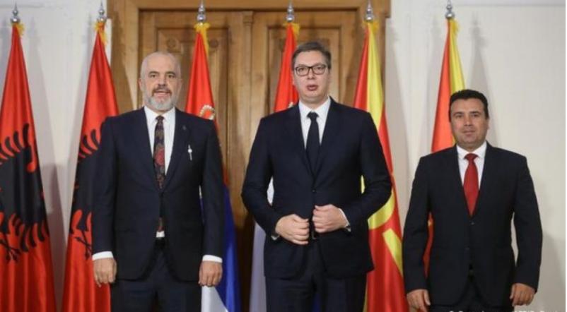 Nuk heqin dorë nga Shengeni Ballkanik, takohen tre liderët e shteteve