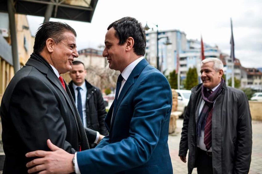 Thaçi është fajtor për mungesën e koalicionit, thotë Bahtiri
