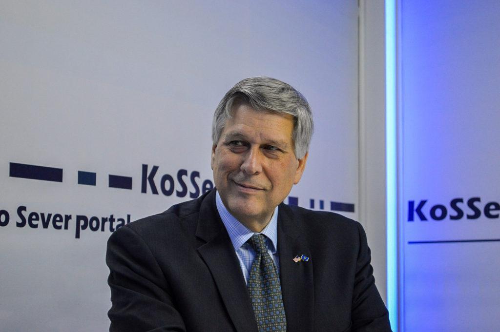 Ambasadori Kosnett: ShBA-ja luajti rol në prishjen e koalicionit LDK-Vetëvendosje