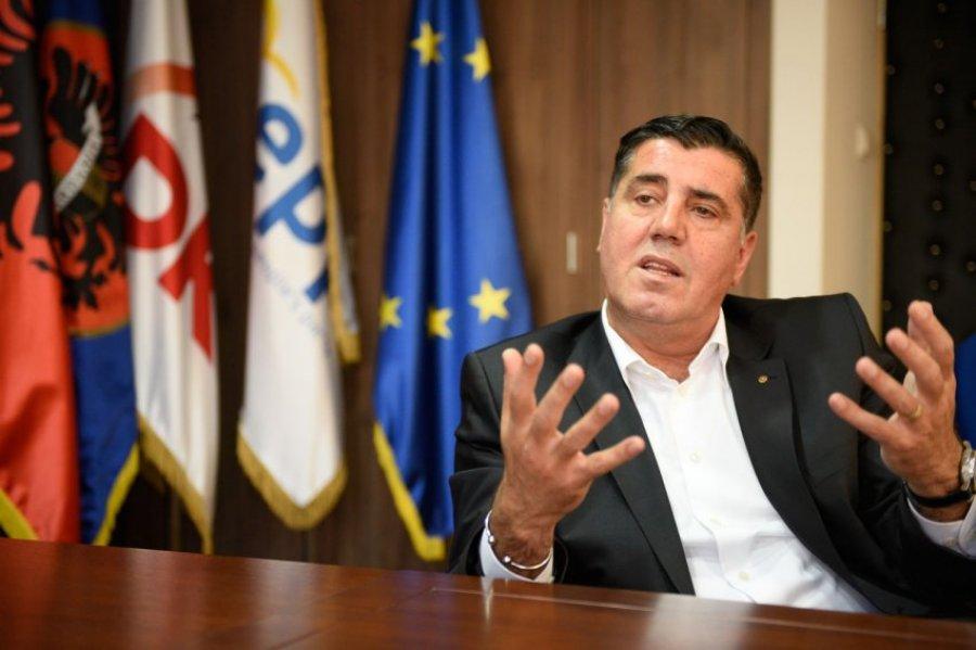 Haziri: Lajçak duhet ta detyrojë Serbinë ta hedh hapin e parë në ndryshimin e Kushtetutës