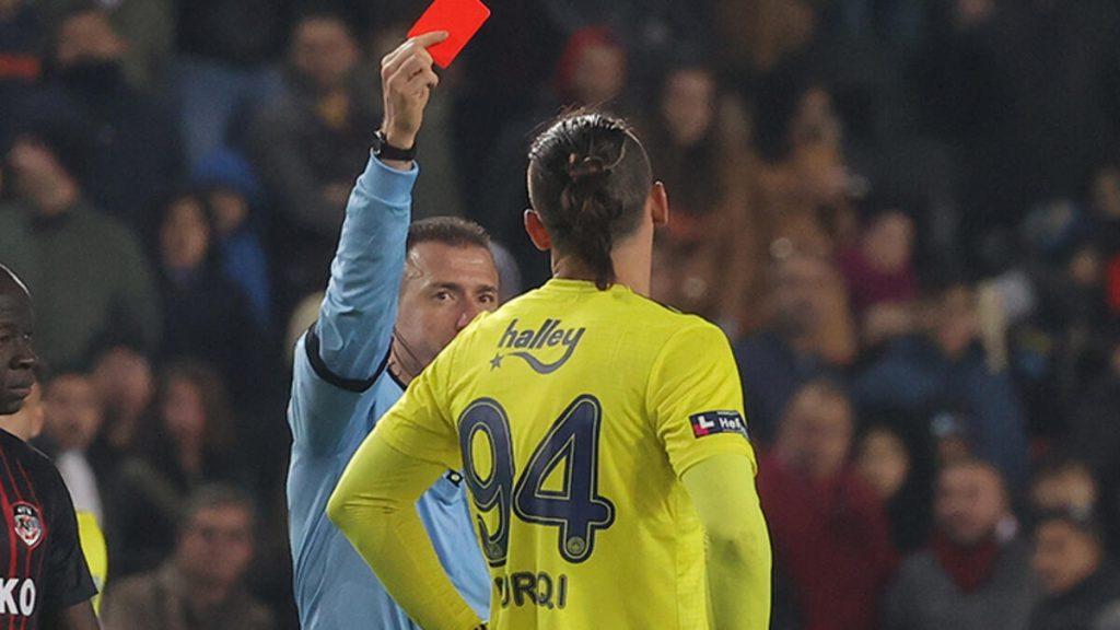U ndëshkua qëllimisht me karton të kuq, dënohet Muriqi?
