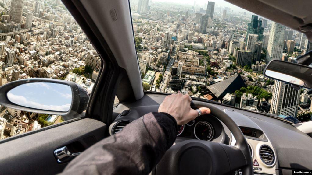 Toyota investon në zhvillimin e veturave që fluturojnë