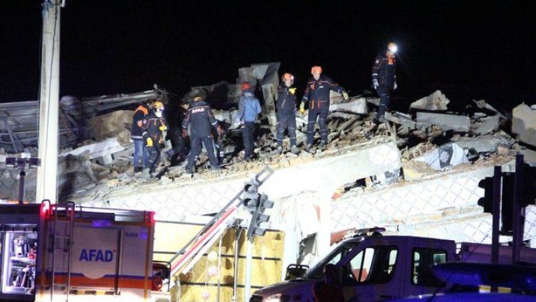 Shkon në 31 numri i viktimave, pas tërmetit në Turqi