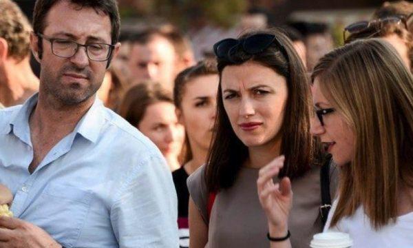 Bashkëshorti i Albulena Haxhiut: Do të protestojmë deri në rrëzimin e Thaçit e regjimit të vjetër
