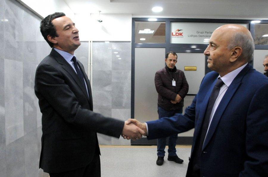 Në fundjavë pritet takimi i Kurtit dhe Mustafes, ende ka shpresa për koalicionin