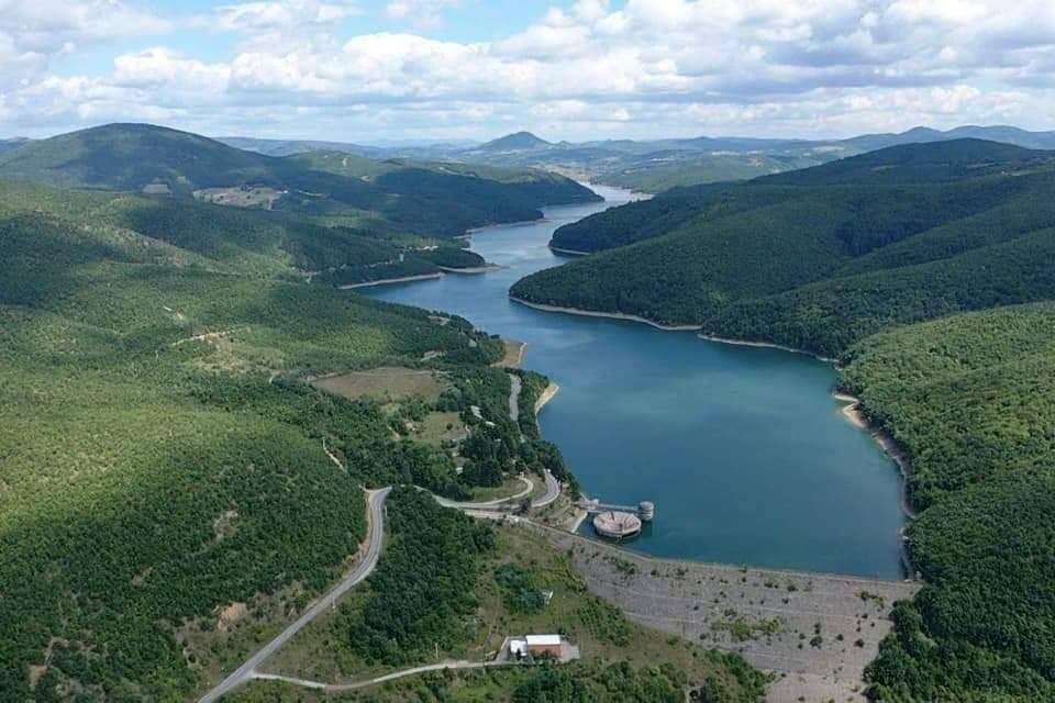 Paralajmërohen protesta nëse nuk anulohet projekti në Liqenin e Badocit