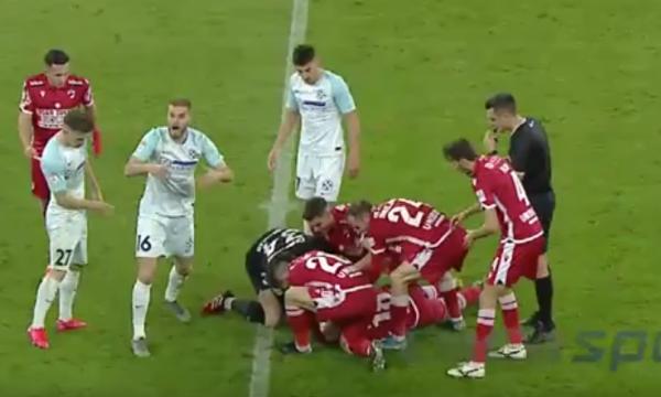 Dëmtim horror i futbollistit, pamje të rënda