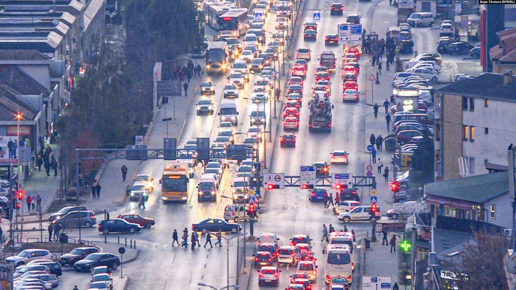 Mbi 148 mijë vetura të paregjistruara sfidojnë Kartonin e Gjelbër