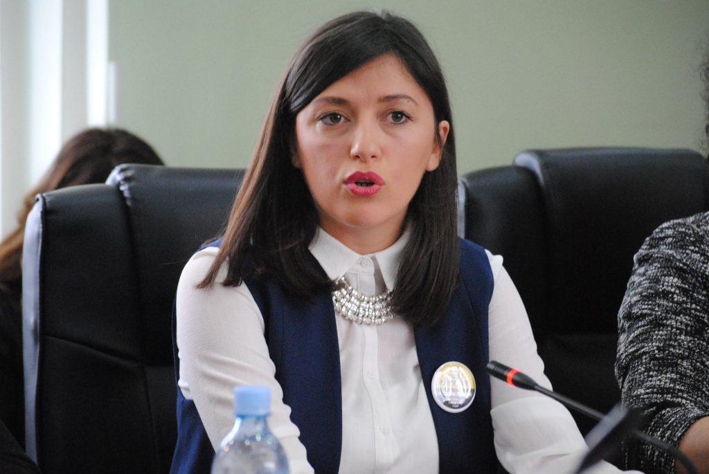 Haxhiu: Hoti e Hyseni janë pjesë e projekteve të rrezikshme të Thaçit